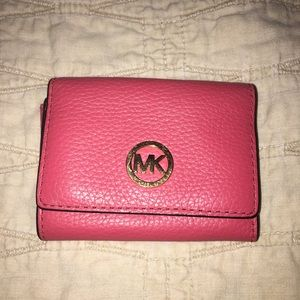 MK small wallet.